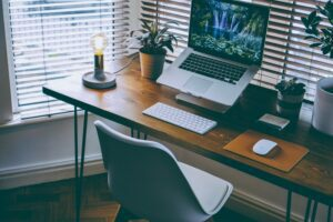 Read more about the article Top 8 Benefits of Working From Home | Advantages
